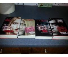 4 Vampire Diaries books