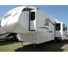 2011 Coachmen Chaparral 5th Wheel